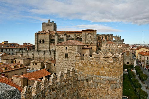 Avila Murallas and Cathedral
