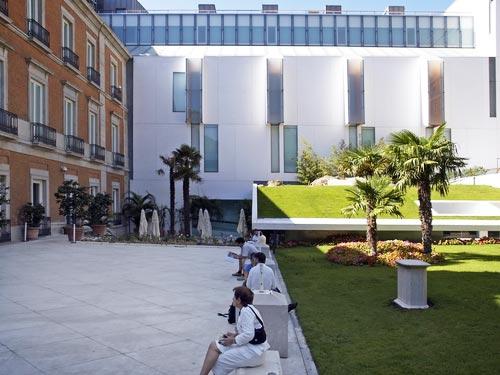 Museo Thyssen-Bornemisza patio, Madrid