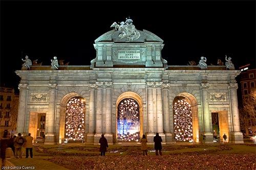 Puerta de Alcala in Christmas