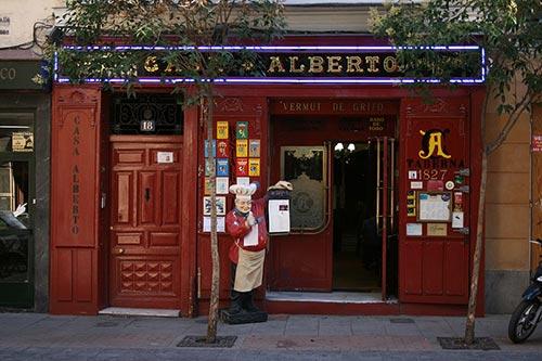 Entrance Casa Alberto Restaurant Madrid