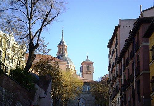 Plaza de la Paja and Sant Andrew Church